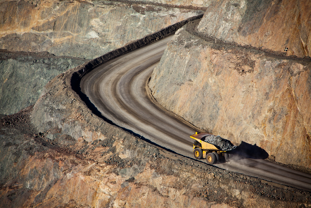 How can mines reduce maintenance opex for haul roads_IMG